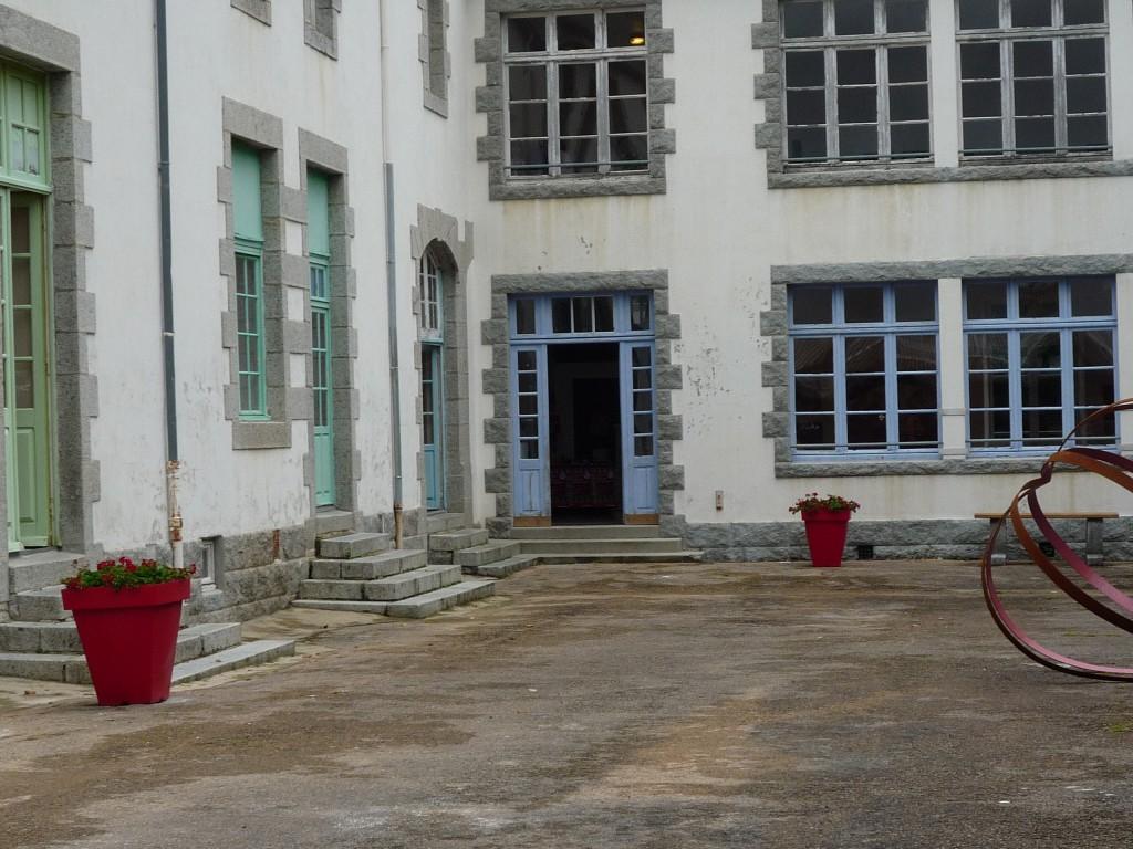 L'école des filles - Huelgoat